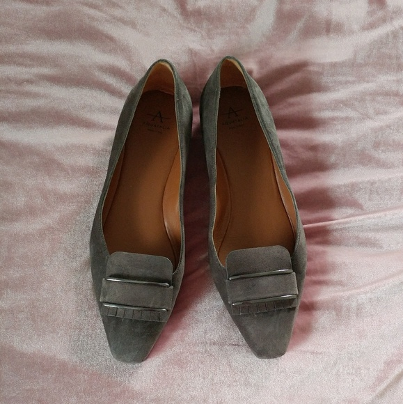 0fbd766694e Aquatalia Shoes - Aquatalia Grey Suede Flats